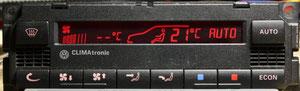 Climatroniksteuergerät, rot invertiert