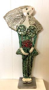 VENDU Sculpture femme contemporaine  Pépette point com aux fleurs N° 78 H44X22CM