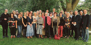 Pressefoto Art Walk Groß Siegharts, NÖN (Bezirk Waidhofen an der Thaya) - Matthias Laurenz Gräff hintere Reihe zweiter von rechts