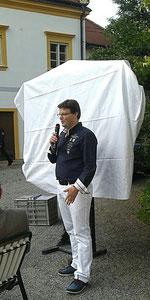 Der Künstler Matthias Laurenz Gräff präsentiert