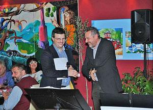 Eröffnung mit Matthias Laurenz Gräff und Nationalrat Werner Groiß. Foto: Taverne Zorbas