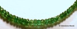 Tsavorit Granat / Tsavorite Garnet