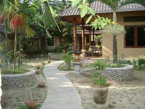 スハティ2002年頃の庭