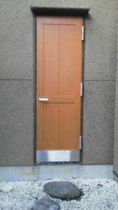 扉の経年劣化「補修後」