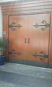 門扉の「補修後」