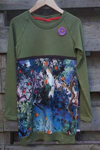 Voor: Birds groen, jurkje van tricot. Artikelcode 134/140-04. Prijs 34,95 excl verzendkosten
