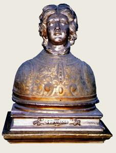 """Busto-reliquiario di S. Firmiano, custodito nella """"Cappella del Tesoro"""" [da Mammarella, Larino sacra..., San Severo 2000; foto Zurolo]"""