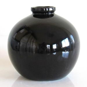 Vase boule petit modèle couleur noir Hauteur 15 cm