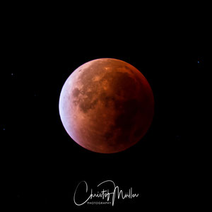 05:19 CET the peak stage of the total lunar eclipse (Blood moon)