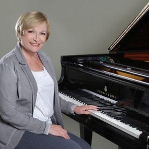 Larissa Illenseer, Klavierlehrerin in Köln-Bickendorf, Neustadt-Nord, Neustadt-Süd, Altstadt-Nord