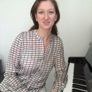 Lena Kunz, Klavierlehrerin in Niederkassel und Köln-Porz