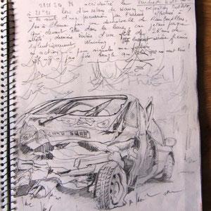 159- Et le dernier jour d'exposition ,au retour, l'état de ma voiture à la suite de mon accident. Des tableaux dans le coffre il n'est rien resté !