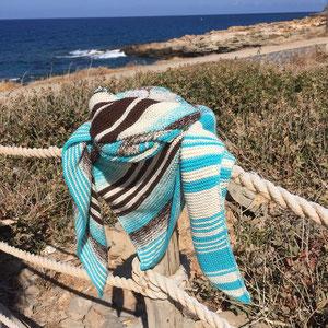 Kreta im Herbst / Farbgebung sowie Tuch gestrickt und fotografiert von Ursula Heß.