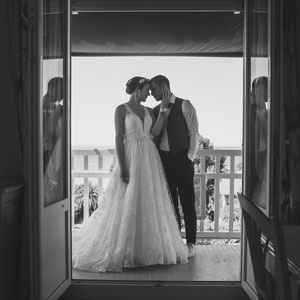 photographe Mariage toulon grandhoteldeslecque union saintcyrsurmer complicite robe