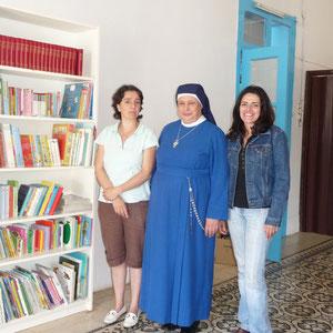 La mère suprérieure et sa responsable bibliothécaire