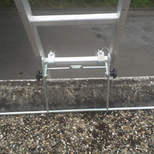 Leiterkopfsicherung für Flachdachanschläge