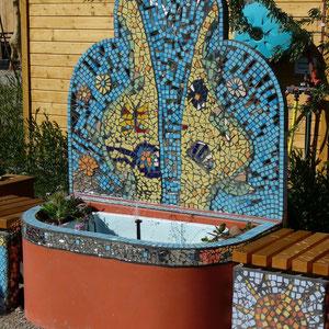 Mosaik-Brunnen