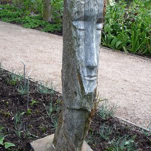 Skulptur eines Kopfes