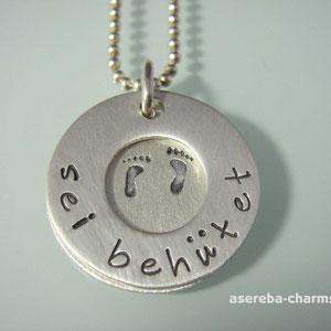 """Anhänger """"sei behütet"""", innen mit Namen, Geburtsdatum, Babyfüße (Silber 925)"""