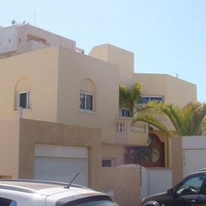 Villa côté parking