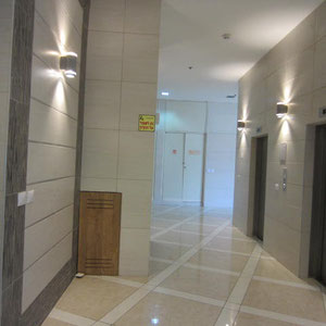 2 ascenseurs