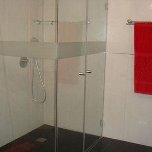 SDB baignoire et douche