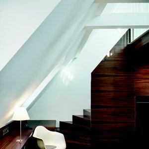 Treppe zur Galerie Juniorsuite