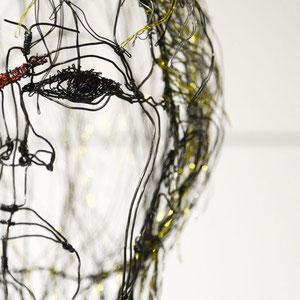 """ARC EN LUNE Fabienne Quenard - Portrait fil de fer David Bowie 3D """"Heroes"""" 50x50cm"""
