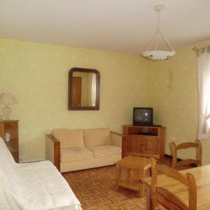 Lou Filadour - Location appartement de vacances à Jausiers - Appartement Le Marinet - Séjour - 1 convertible 2 personnes