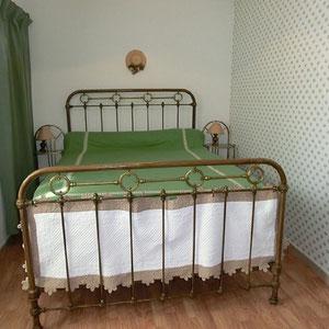 Lou Filadour - Location appartement de vacances à Jausiers - Appartement Le Chambeyron - Chambre 1 lit - 2 personnes