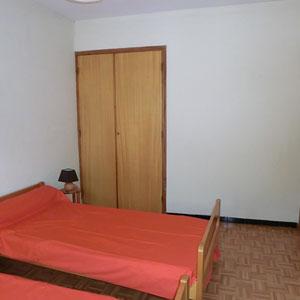 Lou Filadour - Location appartement de vacances à Jausiers - Appartement Le Marinet - Chambre 2 lits  - 2 personnes