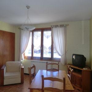 Lou Filadour - Location appartement de vacances à Jausiers - Appartement Le Rubren - Séjour