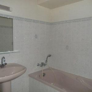 Lou Filadour - Location appartement de vacances à Jausiers - Appartement Le Chambeyron - Salle de bain