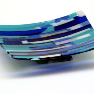 Schale, Fusing-Technik, BullsEye-Glas, Fuß: Ofenguss