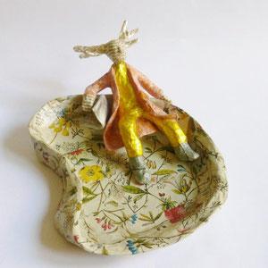 Bon vivant, Papermaché, 8 cm H, 21 cm L, 14 cm D (Heike Roesner/2016)