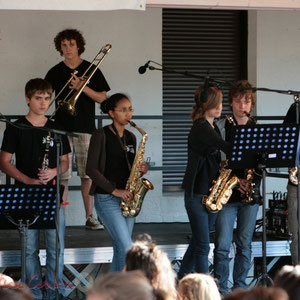 Instruments à vent. Big Band Jazz du Collège Eléonore de Provence, Monségur, promotion 2011. Festival JAZZ360 2011, Cénac. 01/06/2011