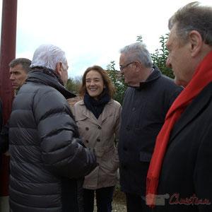 Mathilde Feld, Présidente de la Communauté de Communes du Créonnais, salue le Président du Conseil général, Philippe Madrelle