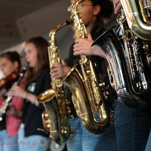 Saxophones. Big Band Jazz du Collège Eléonore de Provence, Monségur, promotion 2011. Festival JAZZ360, Cénac. 01/06/2011