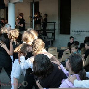 """""""On y danse aussi"""" Big Band Jazz du Collège Eléonore de Provence, Monségur, promotion 2011. Festival JAZZ360, Cénac. 01/06/2011"""