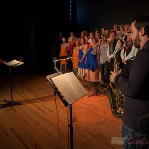 Nathalie Aubin, Paul Robert, les Choraleurs dans  Carmen in Swing