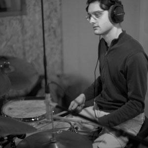 Germain Cornet, batterie; Thomas Mayera Trio, Studio Berduquet, Cénac, 21 & 22/12/2014. Reproduction interdite - Tous droits réservés © Christian Coulais