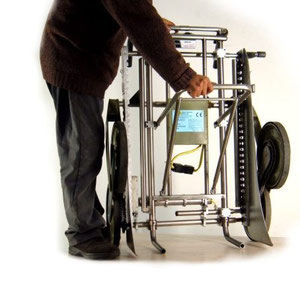 """"""" UNIVAR """" apertura del supporto di carico per fotocopiatrici basse"""