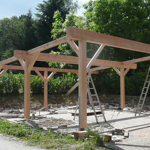 Balkenkonstruktion Pergola