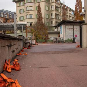Installation zur Schlussausstellung «zwischen» – ATELIERTURM, Innenhof Alte Feuerwehr Viktoria – 2018