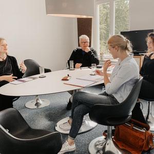 Das zweite Treffen mit Lisa und Claus (links im Bild) von Mediavanti. Ich bin echt Dankbar für all die Tipps und die tatkräftige Unterstützung und freue mich auf weitere Gespräche.