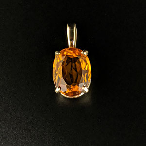 P 116 - 14K yellow gold basket pendant with oval citrine.