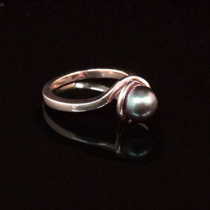 CS 16 - 14K rose gold bypass ring with cabernet hued pearl.