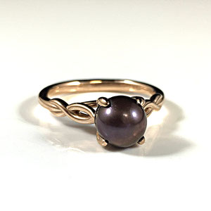 CS 58 - 14K rose ring with mocha pearl.