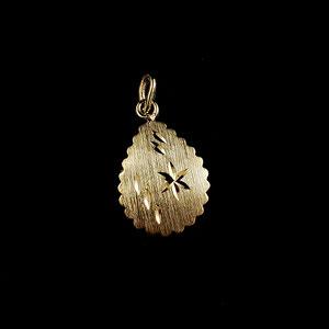 P 132 - 14KY scalloped edge PS bright cut pendant.