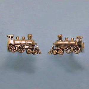 G 17 - 14K yellow gold 'train' cuff links.
